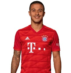 Picture of the 1.74 m (5 ft 9 in) tall Spanish/Brazilian central midfielder of Bayern Munich